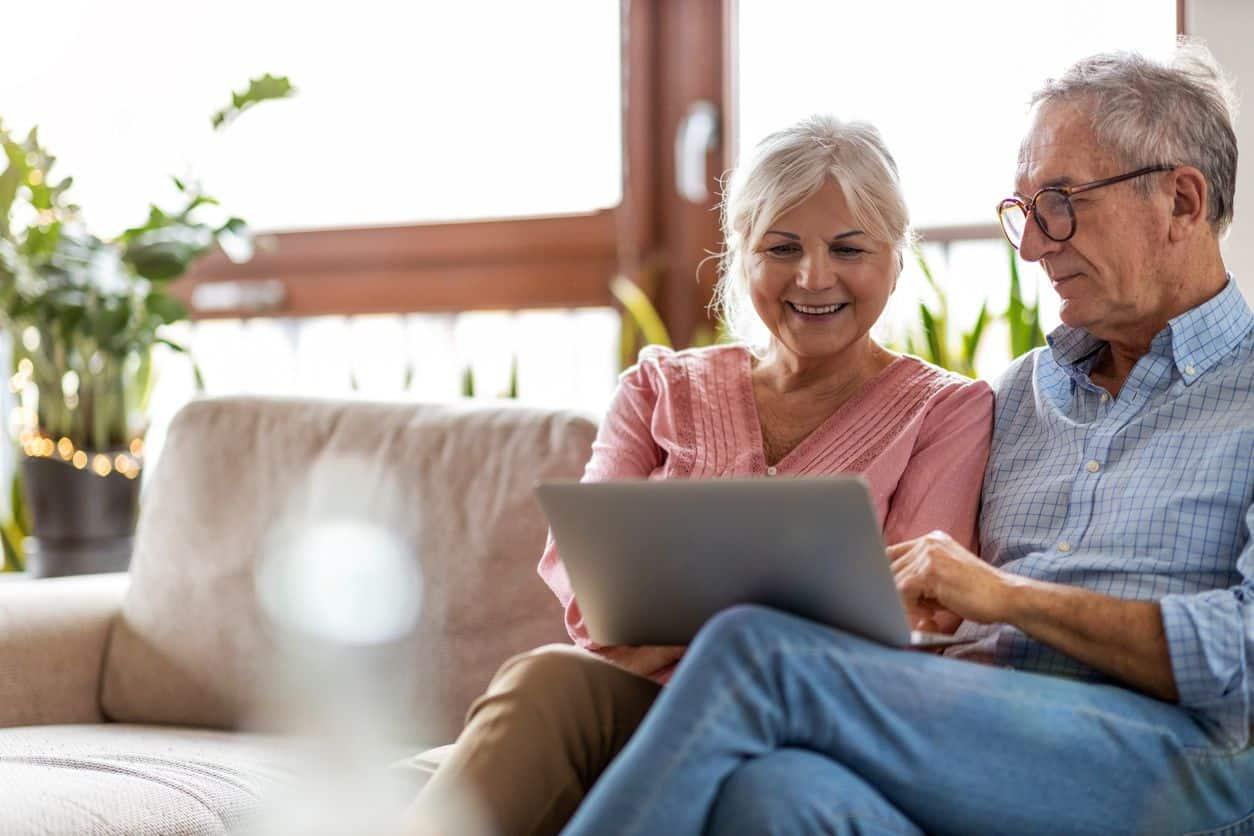 Senior clients using advice tech